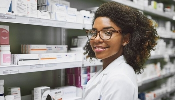 Who Is A Pharmacy Technician? Find Out Here